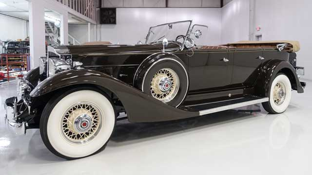 1933-Packard-Model-1004-Super-Eight-Touring-1