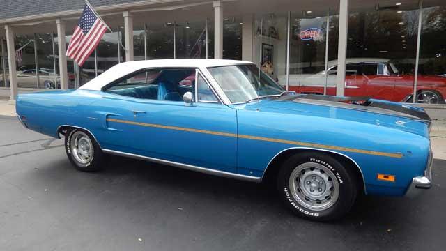 1970-Plymouth-Hemi-Road-Runner