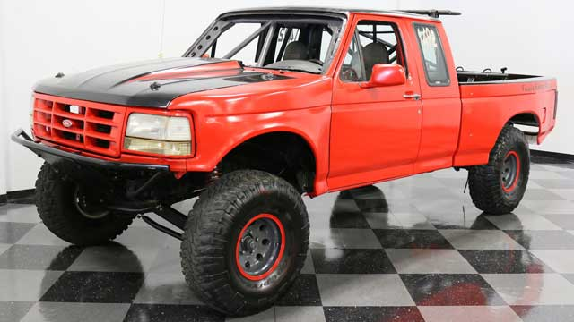1995-Jacked-Ford-F-150-Baja-Racer