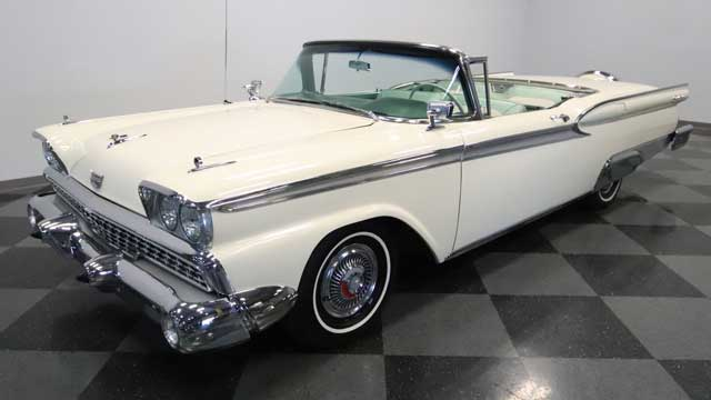 1959-ford-galaxie-skyliner-retractable